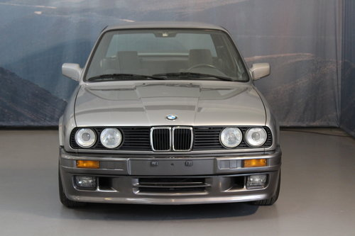1988 BMW 320i Automatic 2-door For Sale (picture 5 of 6)
