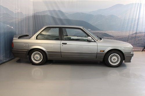 1988 BMW 320i Automatic 2-door For Sale (picture 6 of 6)