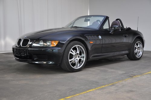 1964 BMW Z3 1.9 convertible For Sale (picture 1 of 6)