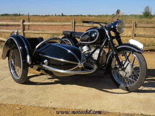 1953 BMW R-51/3 with sidecar For Sale (picture 1 of 6)