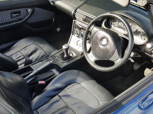 1999 BMW Z3 1.9 Manual. Nice car in good all round condition  For Sale (picture 3 of 6)