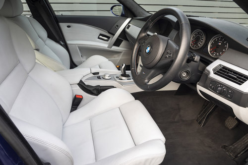 2005 BMW M5 (E60)  ONLY 8800 MILES For Sale (picture 4 of 6)