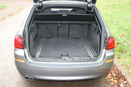 2010/60 BMW 520d SE. 5 Door Estate Tourer. Bargain To Clear. SOLD (picture 5 of 6)