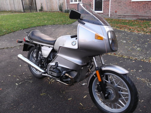 1981                    BMW R100RS 5,500 miles from new For Sale (picture 1 of 6)