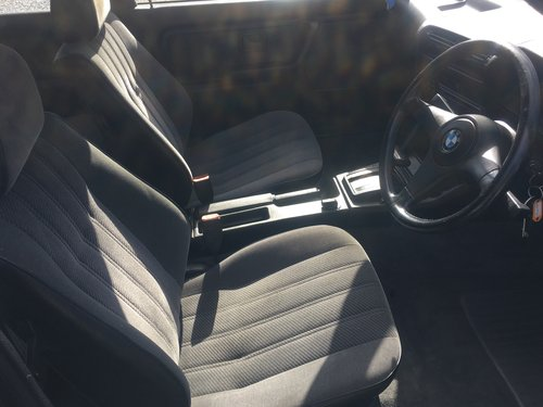 Bmw 325i Se - Full Bmw Service History- 116K For Sale (picture 5 of 6)