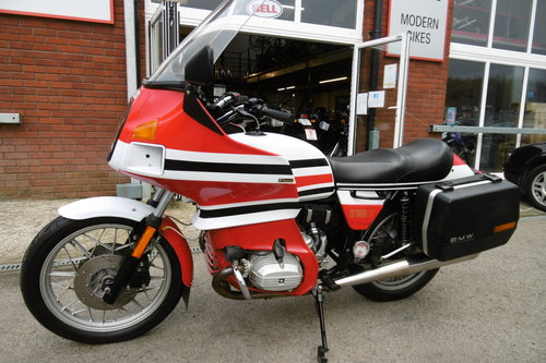 1983 Just stunning R100RT Lots and lots spent  SOLD (picture 1 of 6)