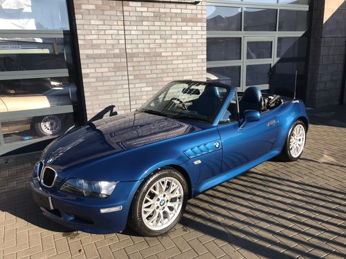 2001 BMW Z3 1.9, 30,000 Miles  SOLD (picture 1 of 6)