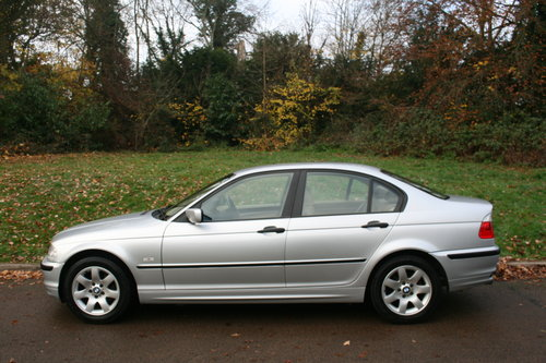 BMW 318i SE.. E46.. Only 37,000 Miles.. FSH.. Factory Extras SOLD (picture 1 of 6)