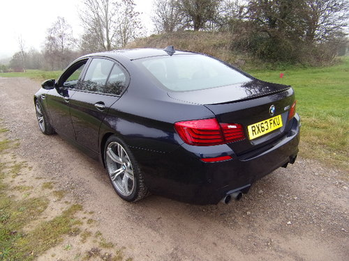 2013 BMW M5 Auto (Full Main Dealer Service History) For Sale (picture 2 of 6)