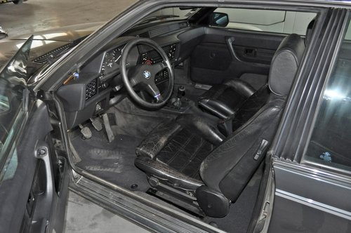 1985 BMW M635 CSI SOLD by Auction (picture 2 of 4)
