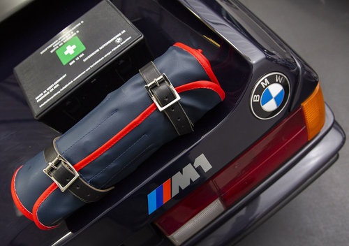 BMW E26 M1 Tool Roll & First Aid Kit SOLD (picture 5 of 5)