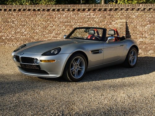 2000 BMW Z8 German car, only 28.722 kms! For Sale (picture 1 of 6)