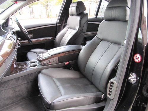 2005 BMW 7 SERIES 745i * 4.4 AUTOMATIC * LEATHER SEATS * SUNROOF For Sale (picture 3 of 6)