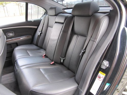 2005 BMW 7 SERIES 745i * 4.4 AUTOMATIC * LEATHER SEATS * SUNROOF For Sale (picture 4 of 6)