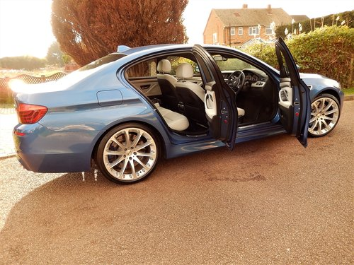 2013 BMW M5 F10 -- facelift model -- f/ BMW/s/h For Sale (picture 2 of 6)