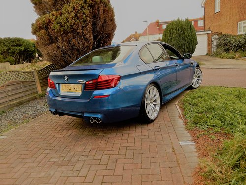 2013 BMW M5 F10 -- facelift model -- f/ BMW/s/h For Sale (picture 3 of 6)