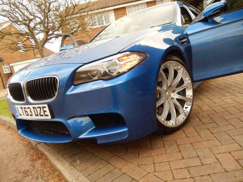 2013 BMW M5 F10 -- facelift model -- f/ BMW/s/h For Sale (picture 6 of 6)