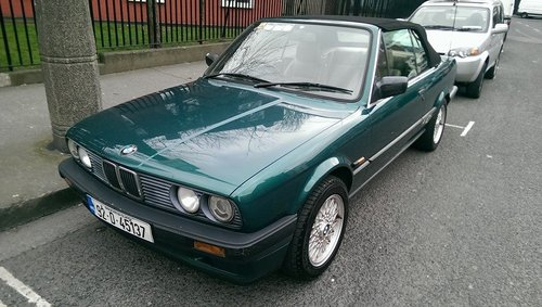 1992 BMW E30 318i Convertible For Sale (picture 1 of 6)