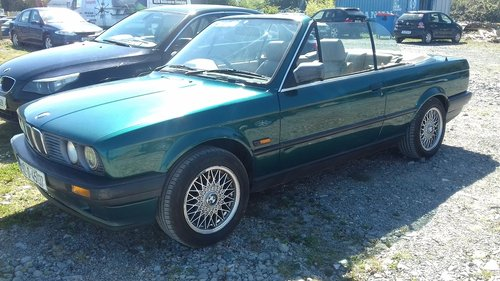 1992 BMW E30 318i Convertible For Sale (picture 2 of 6)