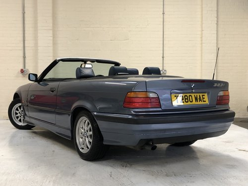 1999 BMW E36 323I CONVERTIBLE MANUAL - STUNNING CONDITION SOLD (picture 4 of 6)