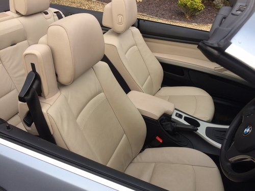 2011 Bmw 320se 2.0 td cabriolet coupe, 36000 miles SOLD (picture 5 of 6)