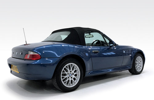 2002 BMW Z3 1.9 Roadster DEPOSIT TAKEN! SOLD (picture 2 of 6)