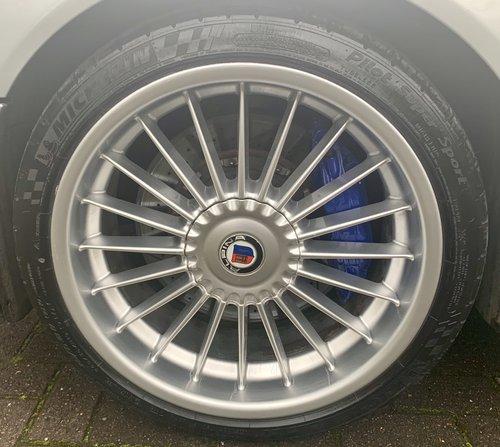 2002 BMW E39 Alpina B10 V8 S  ONE OF 42 RHD UK CARS For Sale (picture 4 of 6)
