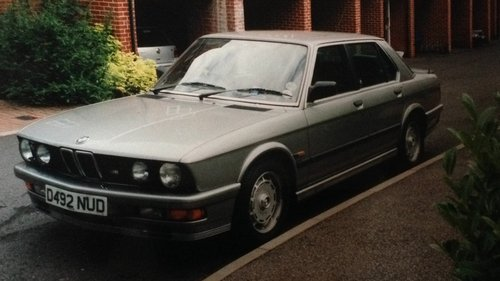 BMW E28 M535i Auto 1986 3430cc Lachs 4-Door Saloon SOLD (picture 1 of 2)