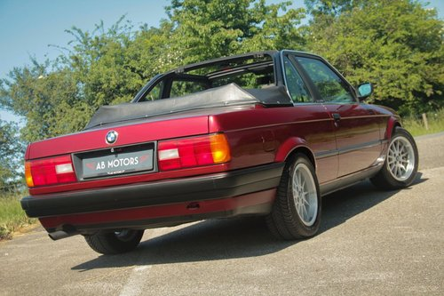 1991 Elegant BMW 316i Baur TC2 Convertible For Sale (picture 2 of 6)