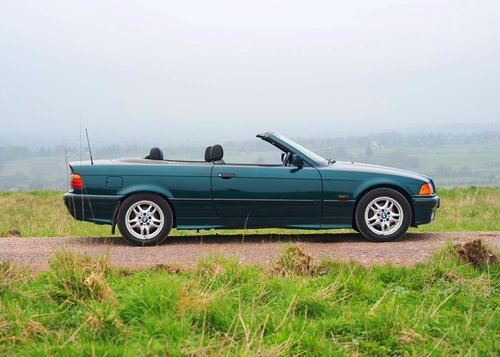 1995 BMW 328i Convertible SOLD by Auction (picture 2 of 6)