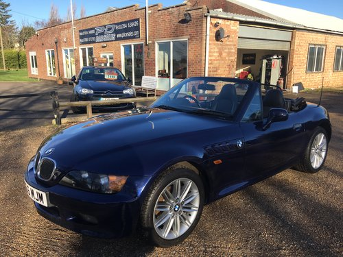1998 BMW Z3 1.9 Roadster / Convertible - Manual For Sale (picture 1 of 6)