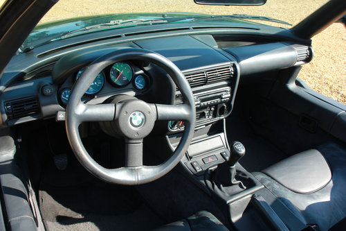 1989 BMW Z1 - 37,000 MILES BEST AVAILABLE - £42,950 For Sale (picture 6 of 12)