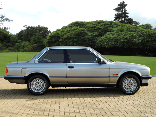 1987 BMW E30 318i 2-door coupé (Automatic) For Sale (picture 3 of 6)