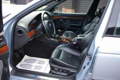 2000 BMW E39 M5 4.9 V8 Saloon 6 Speed Manual LHD (77,795 miles) For Sale (picture 4 of 6)