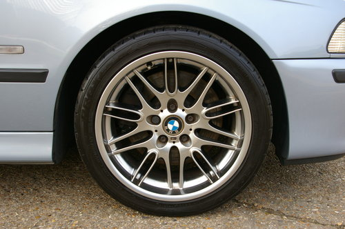 2000 BMW E39 M5 4.9 V8 Saloon 6 Speed Manual LHD (77,795 miles) For Sale (picture 5 of 6)