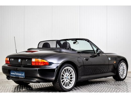 1996 BMW Z3 Roadster 1.9 only 64200 km! For Sale (picture 2 of 6)