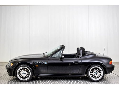 1996 BMW Z3 Roadster 1.9 only 64200 km! For Sale (picture 3 of 6)