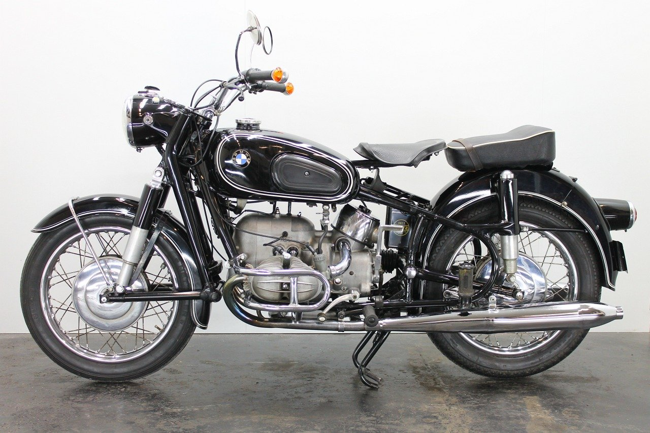 BMW R69S 1962 600cc 2 cyl ohv For Sale (picture 2 of 6)