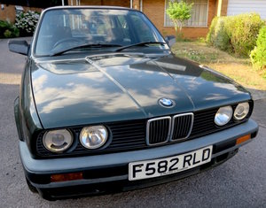 Selling 1 driver low mileage classic 1989 BMW318i For Sale