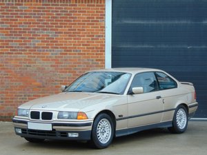 1993 BMW E36 325i Coupe. Low Owners.. Factory M-Tech Extra's SOLD