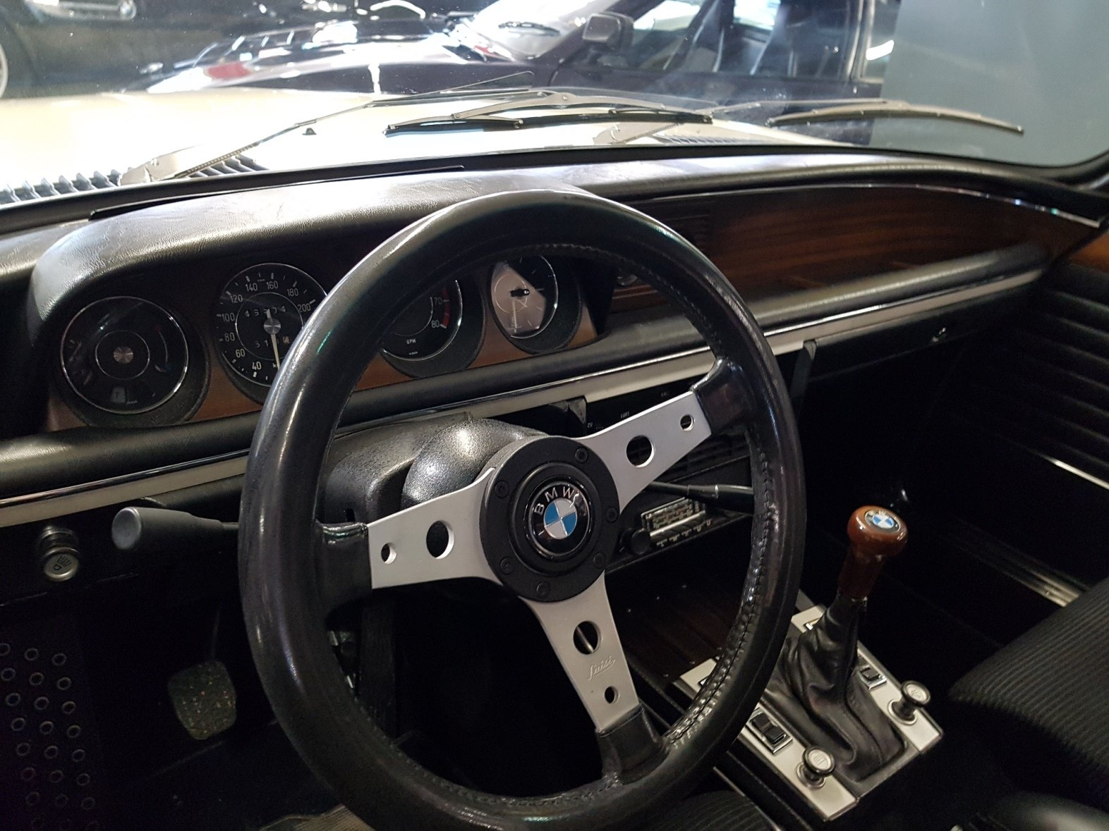 1974 BMW 3.0 CSL Batmobile For Sale (picture 2 of 6)