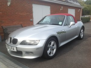 2001 BMW Z3. Sort after 2.2 Roadster very low miles For Sale