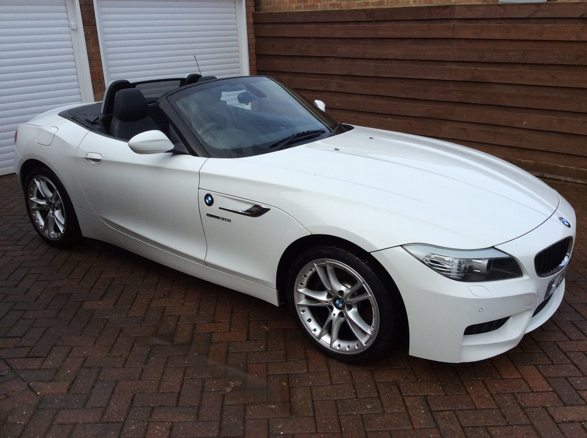 Stunning 2010 BMW Z4  3 litre manual For Sale (picture 4 of 6)