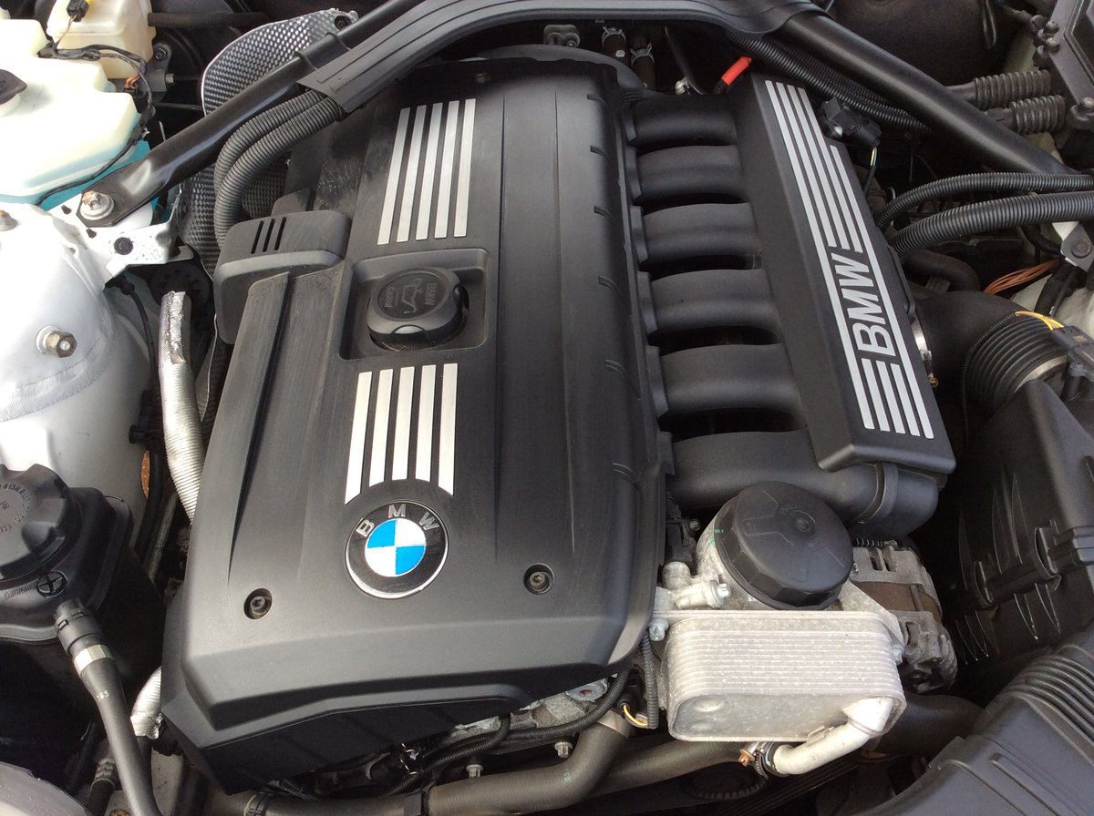 Stunning 2010 BMW Z4  3 litre manual For Sale (picture 5 of 6)