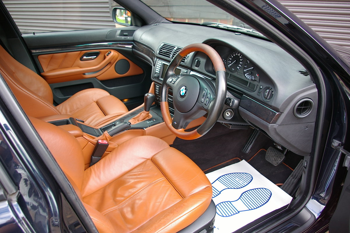 2003 BMW E39 525i Individual Automatic Saloon (44253 miles) SOLD (picture 4 of 6)