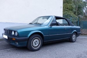 Picture of Reliable and rust-free daily driver: BMW 318i Convertible SOLD