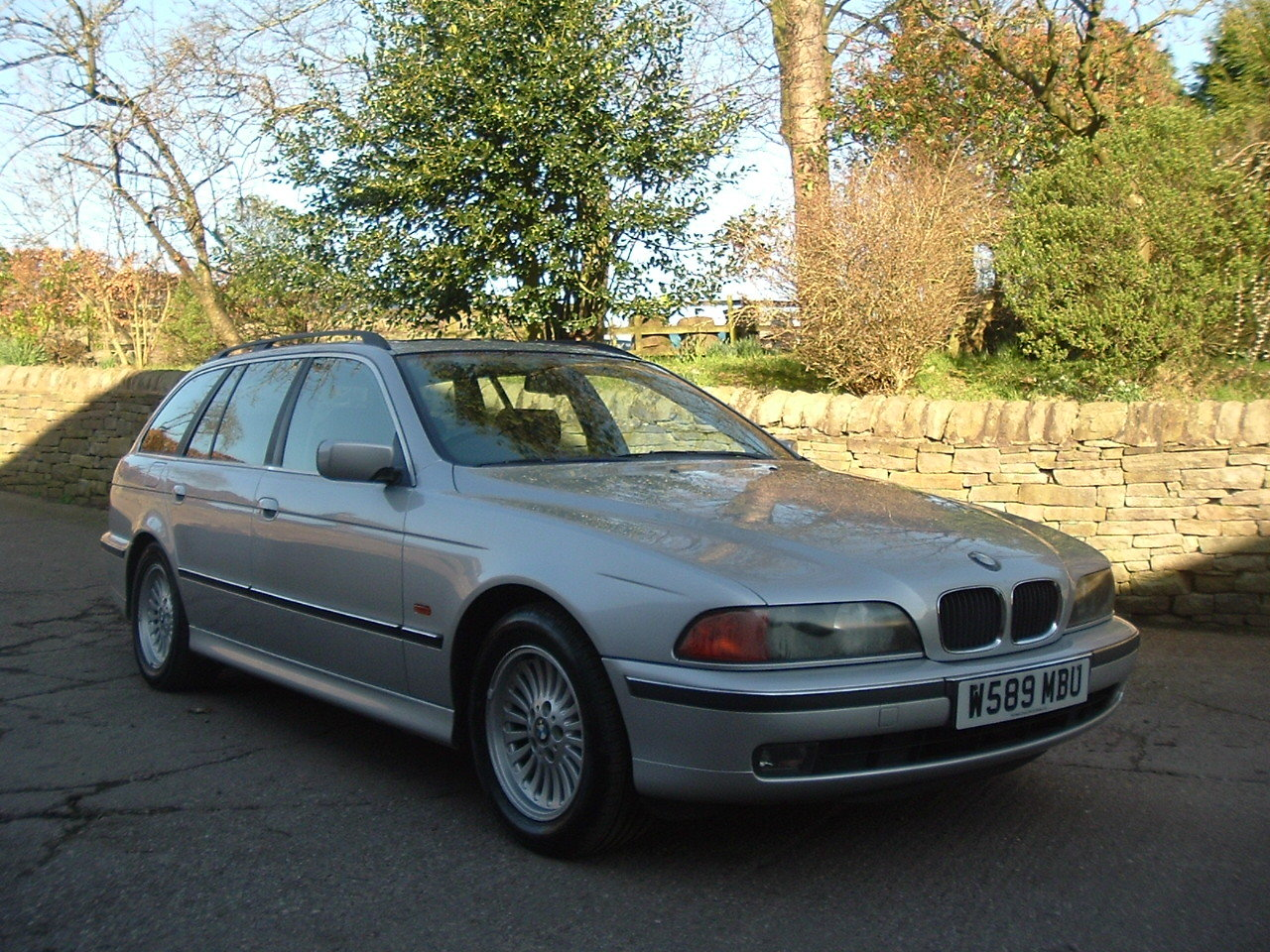 2000 00/W BMW 520i SE Touring Manual. E39. FBMWSH to 106k. SOLD (picture 2 of 6)