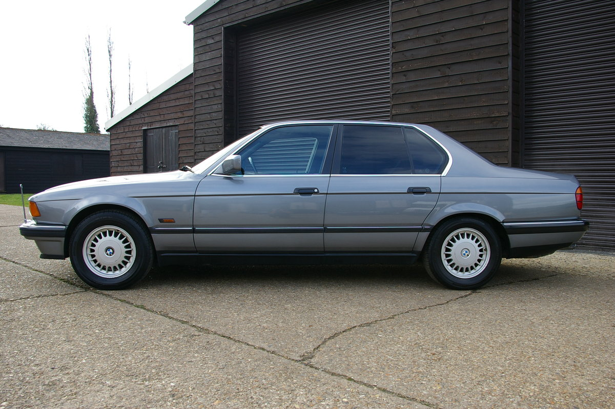1991 BMW E32 735I Automatic Saloon (56,740 miles) For Sale (picture 2 of 6)