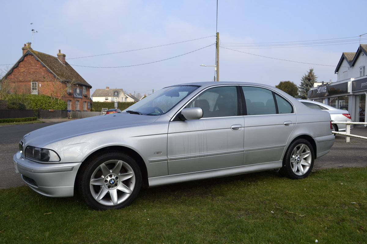 2002 BMW E39 530i SE - ONE OWNER & LOW MILEAGE  SOLD (picture 3 of 16)