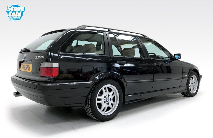 1998 BMW 328i SE Touring manual DEPOSIT TAKEN SOLD (picture 2 of 6)